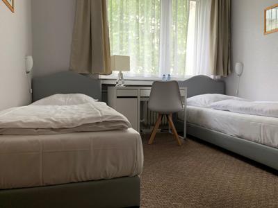 Doppelzimmer ohne Dusche
